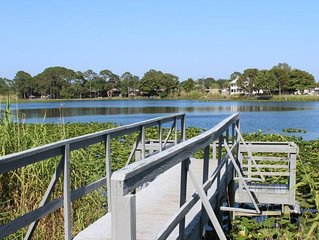 The Lily Pad 1! Pier Park convenience on the lake and close to the beach!