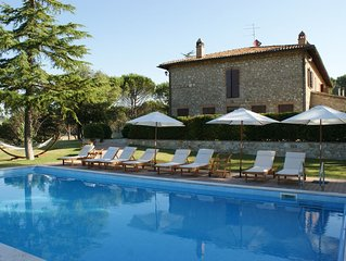 Beautiful and spacious 2-storey villa in the beautiful Umbria with private pool