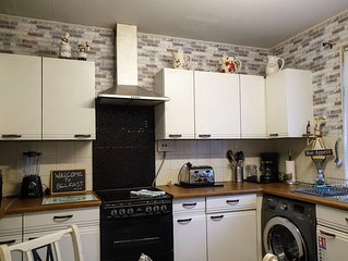 Fabulous 2 Bed house with all you could need for a wonderful stay in Belfast.