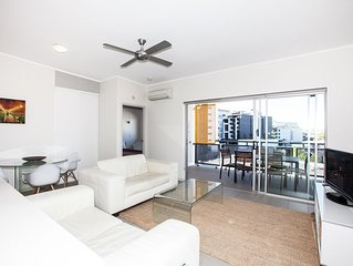 Two Bedroom Unit in Newstead-Walk to Gasworks, Emporium and James Street