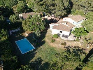 Mas avec piscine en Provence 6 - 11 personnes