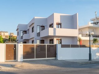 2 bedroom villa A, 400m from beach, 10min. from city