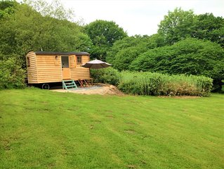 Woodcutter's Hide, get away from it all and enjoy a romantic, rural experience.
