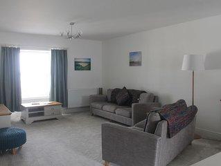 9 Cambrian Terrace spacious contemporary apartment