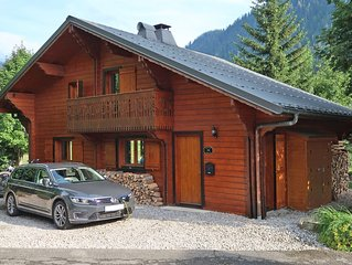 Chalet Louis FAMILY SKI CHALET 4 bedroom open plan chalet that sleeps 9