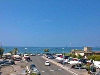 Sul mare, tra Roma e Napoli, terme15km, supermercato e ristorante sotto cas