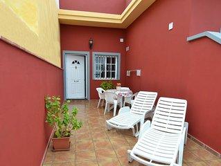 Preciosa casa nueva, con terraza/solárium en Arona