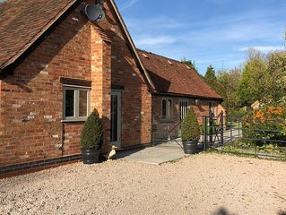 Beautiful 1bed Cottage with view, near NEC/Airport