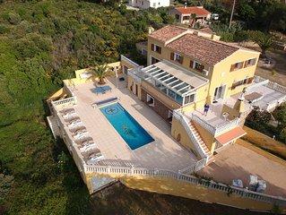 Villa Le Clos des Chênes de 350m2 avec piscine