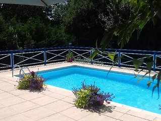 Tasteful spacious1bed appartment with patio and balcony overlooking private pool