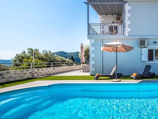 A PERFECT VILLA WITH POOL AND SEA VIEWS IDEAL FOR FAMILIES IN NIDRI, LEFKADA