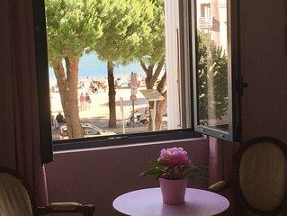 Belle villa caractère avec piscine privée, face la plage, au coeur de la station