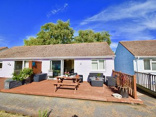Charming family and pet friendly Seaview Beach Chalet.