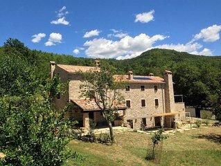 Bolara 60 Kućica: stone country cottage