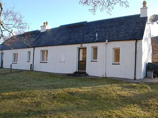 West Bothy, Attadale Holiday Cottage, Strathcarron, Ross-shire- peaceful remote