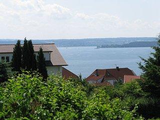 Prachtvoller Panoramablick über den Bodensee und die Schweizer Berge