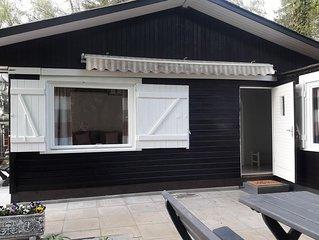 Idyllisch gelegenes Ferienhaus  an Wald und See in Klingberg