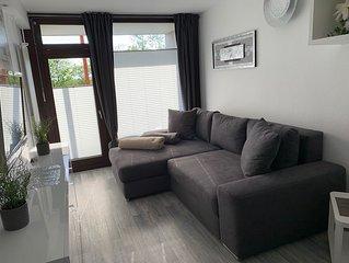 Exklusives Apartment mit Meerblick, Sauna & Schwimmbad im Haus, Ferienpark.