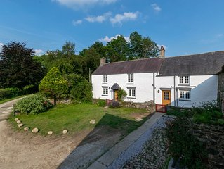 Secluded, picturesque North Wales setting. This 16th century Welsh farmhouse off