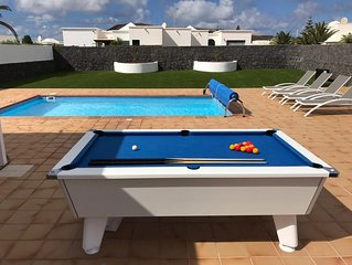 Villa Sara Luxury modern family villa with private heated pool and pool table