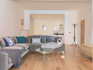 The White Wood Forest - Jewellery Quarter 3BDR Home
