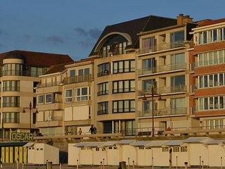De Haan /Le Coq - Appartement charmant face a la plage a proximite de Brugges