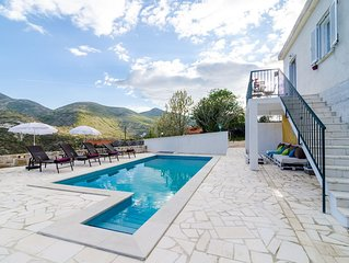 Beautiful and spacious villa perfectly equipped for up to seven people