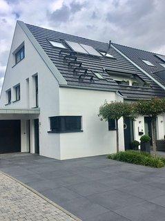 Neu-5 Zimmer Maisonette Wohnung  120  m2 Düsseldorf