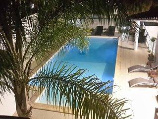 Villa con piscina a 300 mt dal mare 12 posti letto - Aria condizionata WiFi free