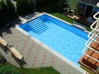 Neue, stillvolle Appartement mit Klima und mit Pool, Strand 120m, kostenlos WIFI