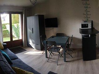 Appartement 30 m2 avec jardin a 600 m de la plage