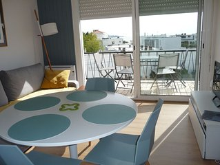 A Royan, Bel appartement a 100 m de la plage et du centre ville avec apercu mer
