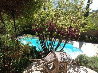 Villa conviviale 4 chambres et piscine chauffee