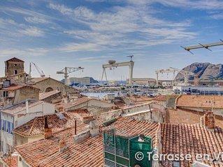 Paradis Au Coeur du Vieux Port- A 10 min Des Plages- Terrace Vue Imprenable .