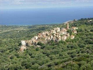 Maison de caractère 6 km de la mer village de Aregno
