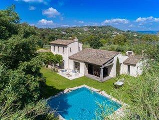 VILLA ROMARINS, Superbe villa 5 chambres avec piscine située a SAINT TROPEZ