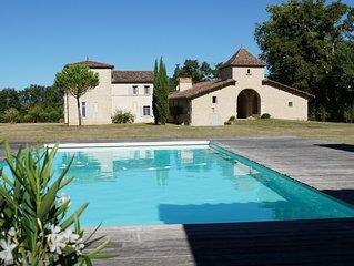 Chateau de La Salle, maison de famille avec pool house et piscine cloturee