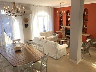 La Maison Bleue****, de grand confort, piscine, climatisation, proche Pont d'Arc