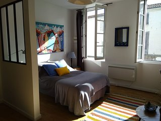 Studio 30 m² classé 2 * plein centre ville de Rochefort