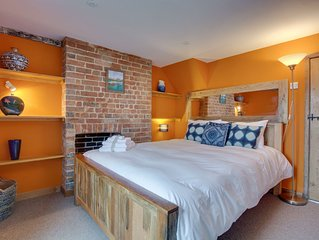 The Hollies - Three Bedroom House, Sleeps 6