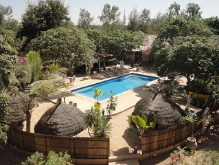 LODGE de 300 m2 avec piscine et 5 suites sur un domaine de 2 hectares