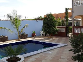 Magnifique villa à Mbour avec piscine