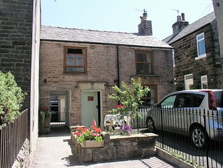 A delightful little cottage in the beautiful Victorian town of Buxton.