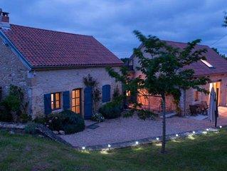 Maison à Montignac Lascaux, vue et espaces exceptionnels, piscine chauffée