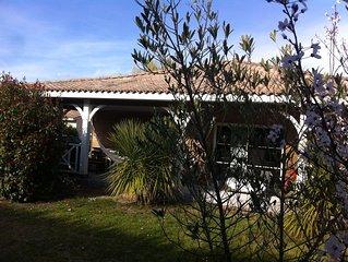 Villa  Carcans  au calme proche de l' océan et du lac