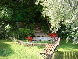 Elegante e signorile appartamento a Bardolino con giardino privato...Wi- fi free