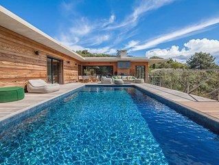 Villa 5* vue mer 2 piscines chauffée plage a pieds