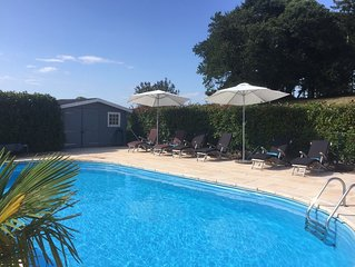 Luxury Breton Farmhouse, heated private pool, full facilities