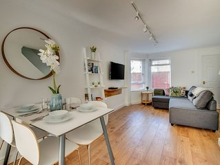 Located in the trendy Pontcanna area of Cardiff, not far from the city centre. T