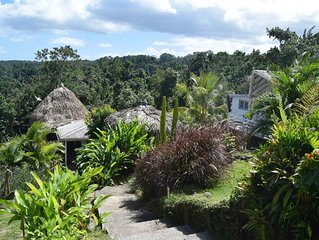 Joli bungalow atypique en pleine nature